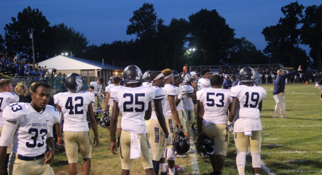 Young bulldogs travel to Lorain