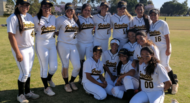 Girls Softball Advances to CIF-SS 2nd Round Division 5!
