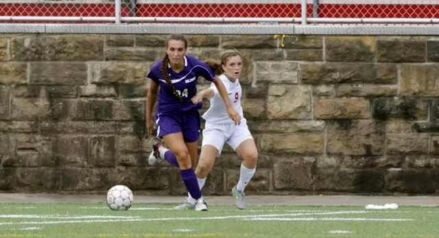 Stahl to Play Soccer at Top-ranked WVU