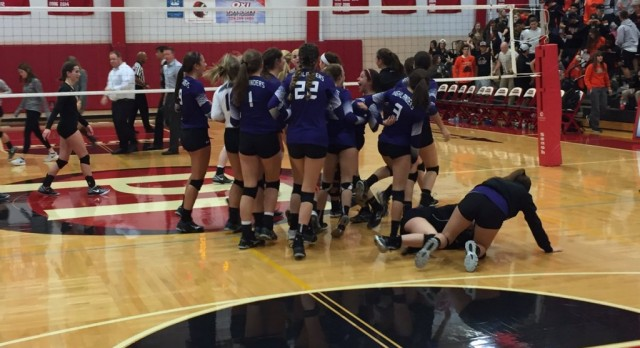 Girls Volleyball Headed to Finals
