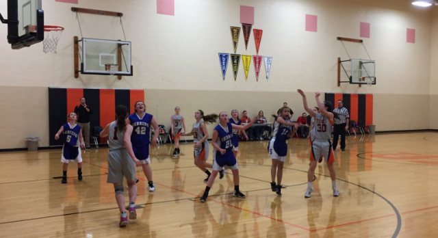 Springfield Local Girls 8th Grade Basketball beat Sebring McKinley 43-26