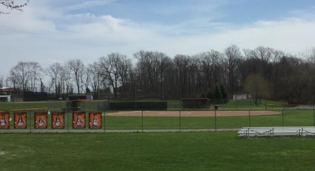 Springfield Local High School Varsity Softball beat Mineral Ridge High School 6-0