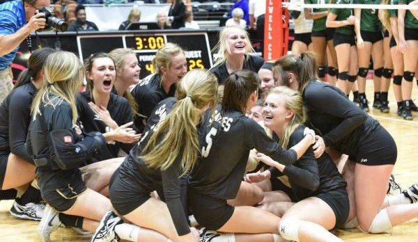 STATE CHAMPIONS! Lady Sandies Capture 10th State Volleyball Championship