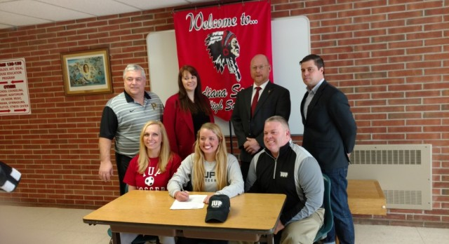 Tori Garzarelli Signs National Intent Letter