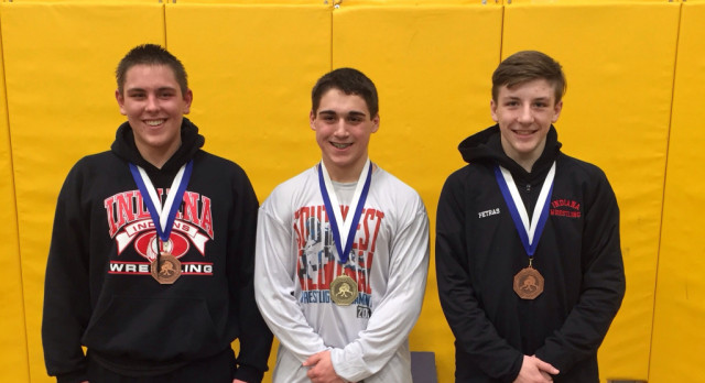 3 JH wrestlers place at Southwest Regional, Marcozzi claims 1st