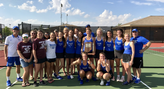 HSE Girls Varsity Tennis defeat Fishers 5-0 to Win 4th Straight Sectional Title!