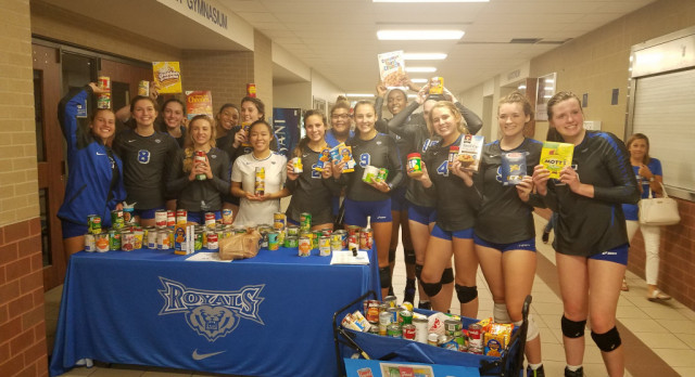 HSE & Brownsburg Volleyball Team up for a successful canned food drive