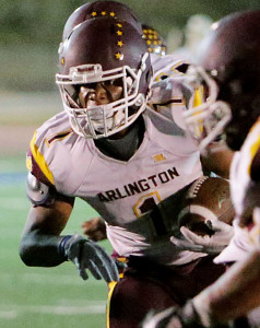 Arlington's Jamon McGlory (1) runs against Temescal Canyon in the second half of the non league game Friday in Lake Elsinore, CA. September 8, 2017. (TERRY PIERSON,THE PRESS-ENTERPRISE/SCNG)