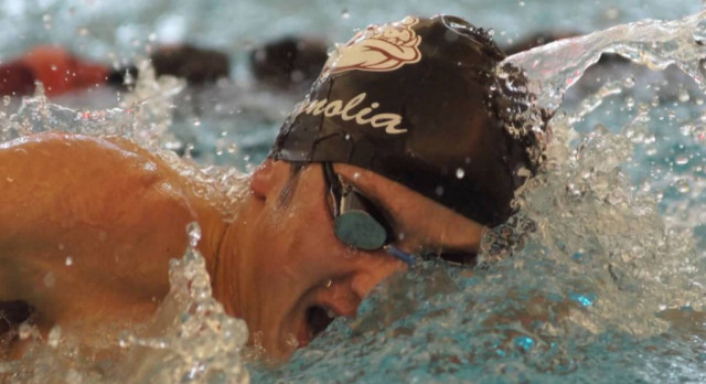 Black Edges Out Maroon at Swimming & Diving Intrasquad Meet