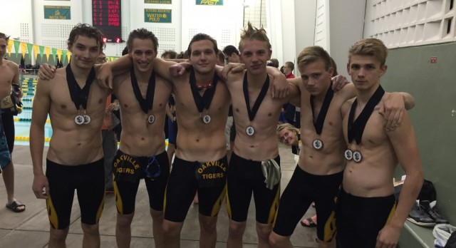 Boys Swim Improves all Season