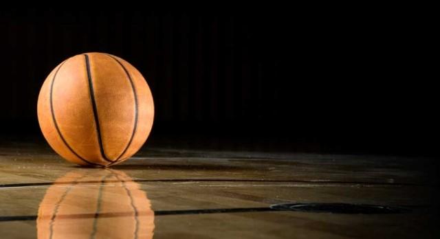 Smyrna Boys Basketball falls to Franklin County 54-53