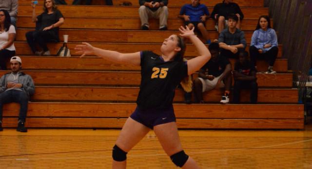 Smyrna High Girls Volleyball beat Oakland 3-1
