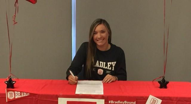 Victoria Zaluske Signs NLI to Bradley University to Play Softball