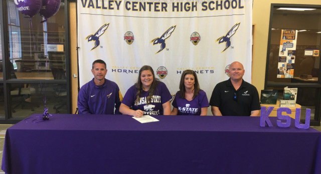 Latimer Signs with K-State