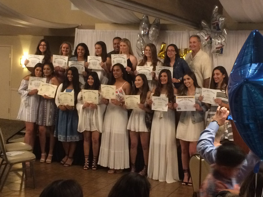 2017 Varsity Softball and their banquet