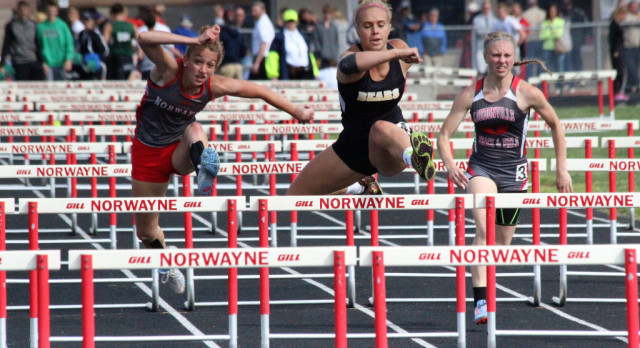 Sami Ice Heading to Finals in 100M Hurdles