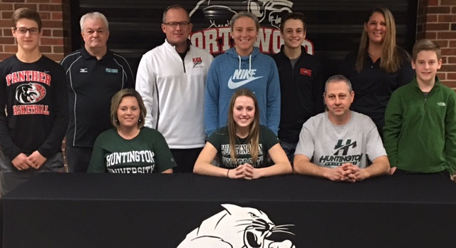 Nicole Flickinger signs with Huntington University!