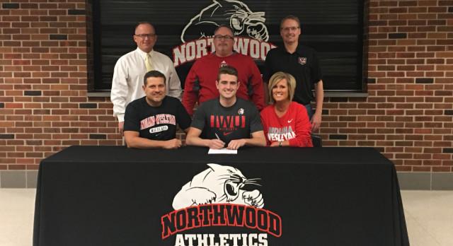Jacob Stump signs with Indiana Wesleyan University!