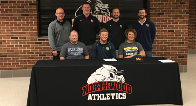 Brant Mast signs with Spring Arbor University!