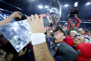 joe cardona with trophy