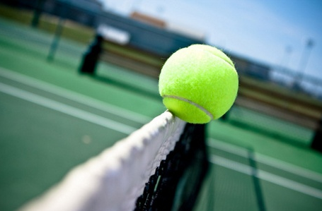 Girls' tennis advances onto CIF competition