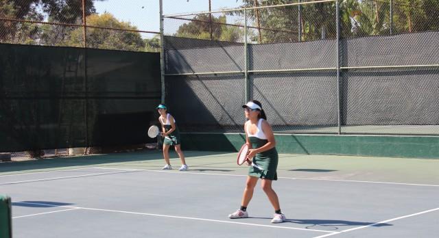 Temple City High School Girls Varsity Tennis beat La Canada High School 13-5