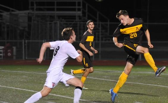Soccer Edges Troy 1-0