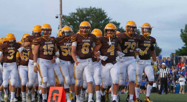 Gridders Move to 3-0 After Defeating Oxford