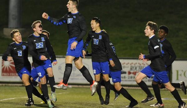 Rochester Knocks off Hartland 2-1, Regional Finals Next