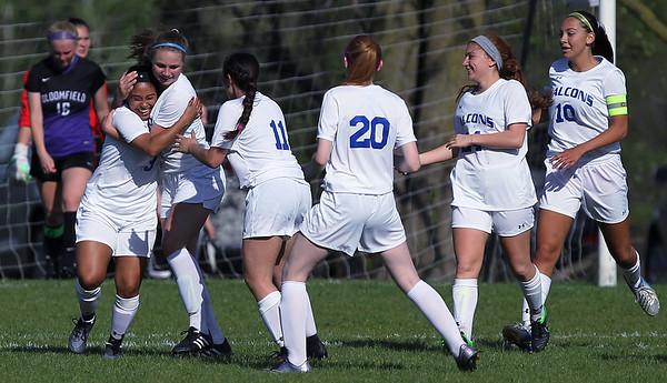 Girls Soccer Tops Bloomfield 1-0