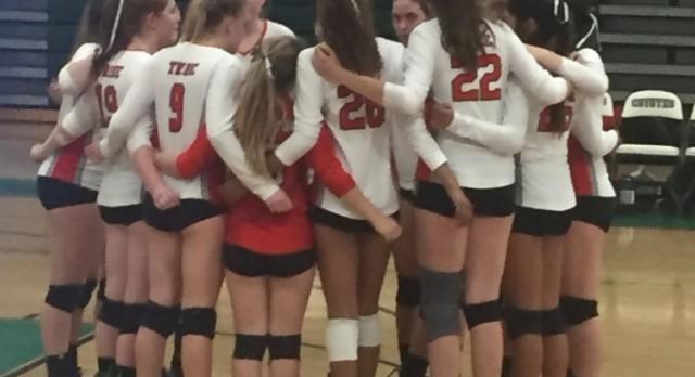 Fullerton High School Girls Varsity Volleyball beat Buena Park High School 3-2