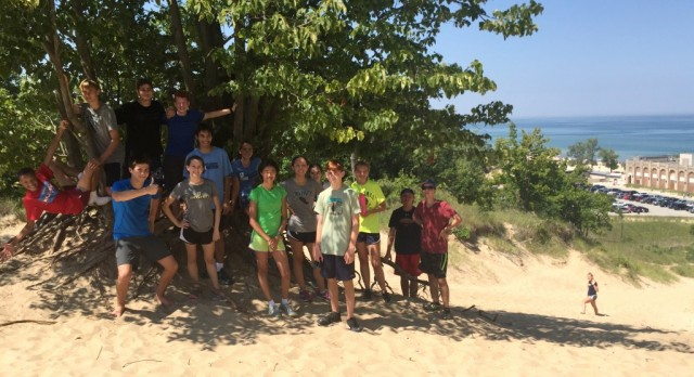 Cross Country Team Travels to Indiana Dunes