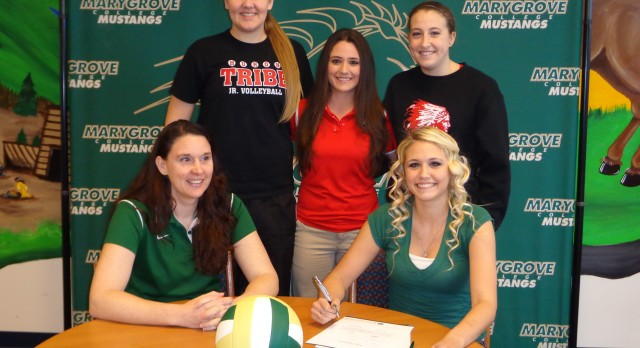 Paige Hughes Senior Volleyballer signs with Marygrove