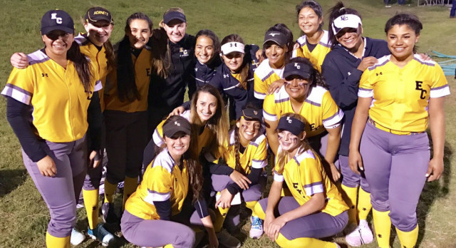 East Central High School Varsity Softball beat Smithson Valley High School 7-2