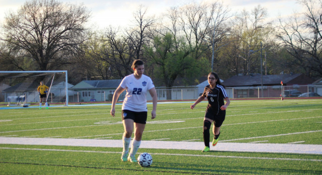 Lady Jays Tie Great Bend in Final Regular Season Game