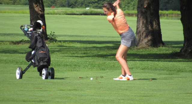 LaPorte High School Girls Varsity Golf finishes 4th place