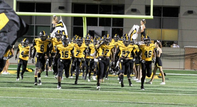 IRMO Overcomes 6 Turnovers in Win vs River Bluff 42-26