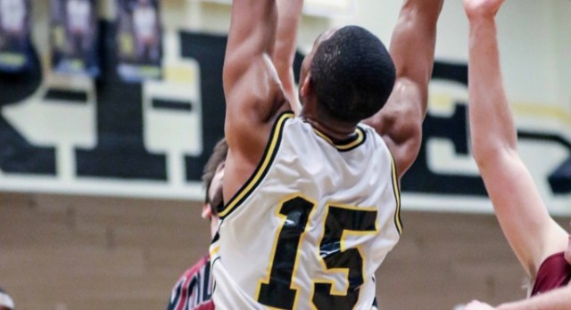 Irmo Survives tough 1st Round beating the Warriors of Wando 52-47