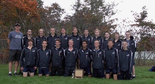 Fruitport High School Men's Cross Country finishes 1st in OK Black!