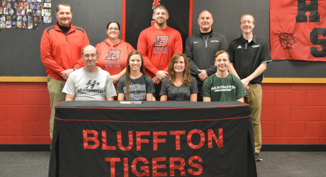 Tayia Meadows Signs to Run Track at Huntington University