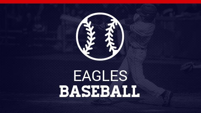 Eagle Alum Dahl Visits 2017 Squad