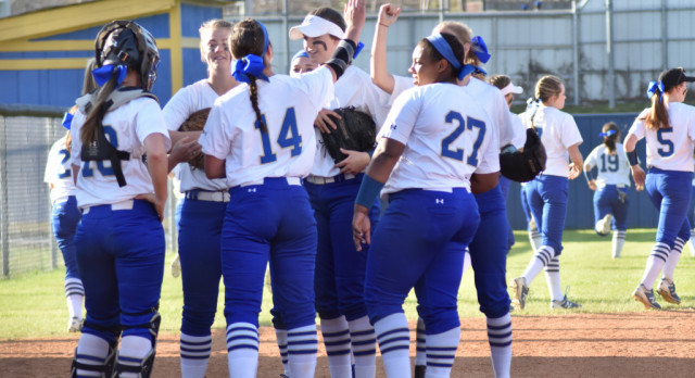 Softball—Lady Wildcats take wins over Gallatin 10-4 and Portland 11-2