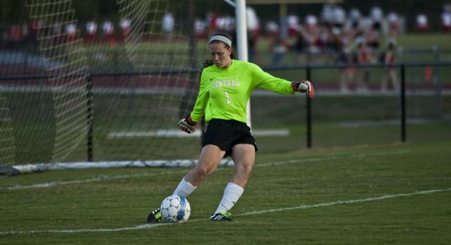 Girls Soccer–Lady Wildcats tie LaVergne 1-1