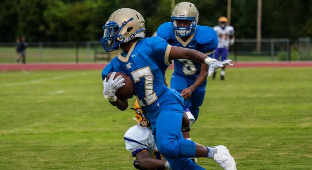 Freshmen Football—Wildcats roll over Smyrna 35-0