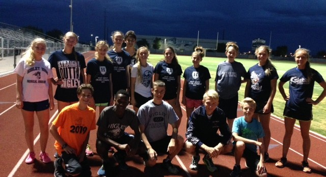 Higley Spirit Day! Cross Country Shows their Spirit!