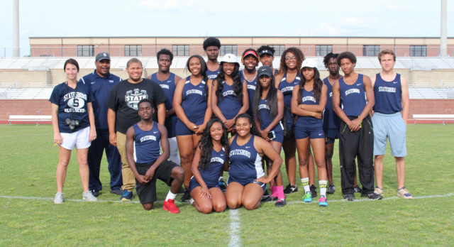 Track Recognizes Seniors and Gets Ready for Statesboro Relays