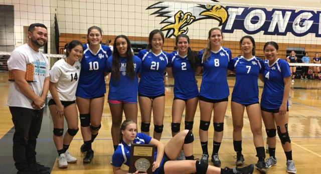 Titan Volleyball Brings Home Hardware