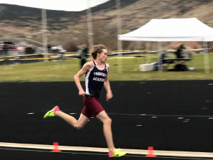 Levi Chambers in the 4x400