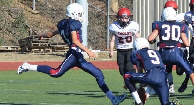 Freshman Football lose close game against Santa Fe Christian