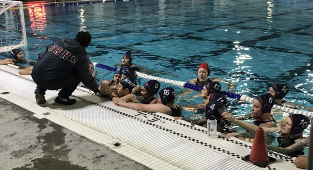JV Girls Water Polo falls to LCC